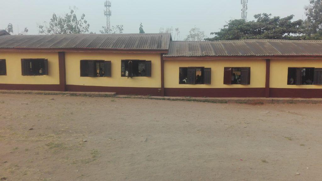 Painting of Jss3 Block of Ojodu Junior Grammar School